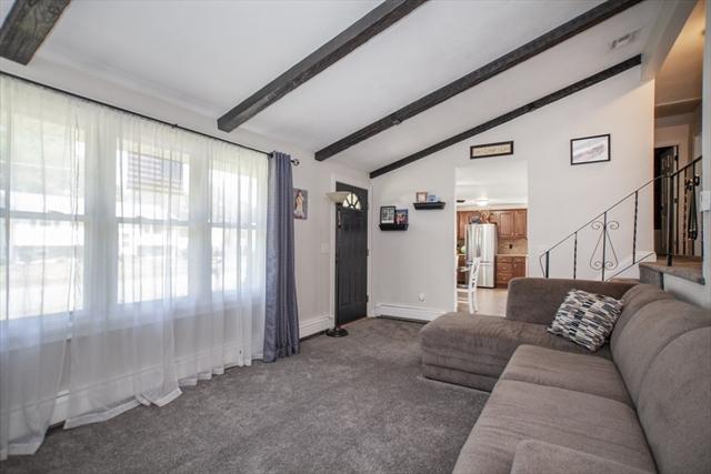 39 Vinedale Road Brockton MA 02301