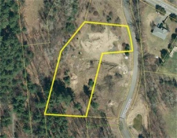 7 South Middle Street (Lot 3) Amherst MA 01002