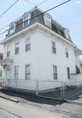 65 Pleasant St, Lowell, MA, 01852, Belvidere Home For Sale