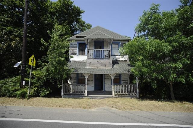17 New York Avenue Oak Bluffs MA 02557