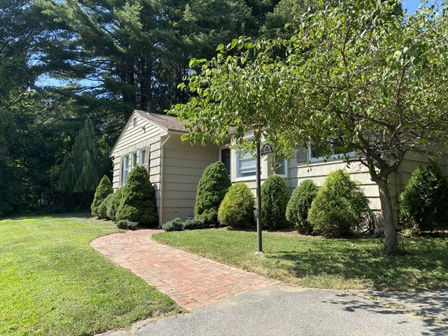 12 Skinner Lane South Hadley MA 01075