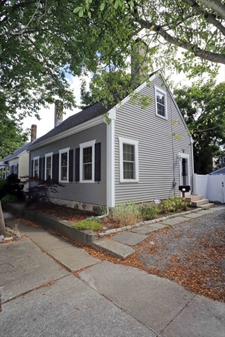 70 Walden Street New Bedford MA 02740