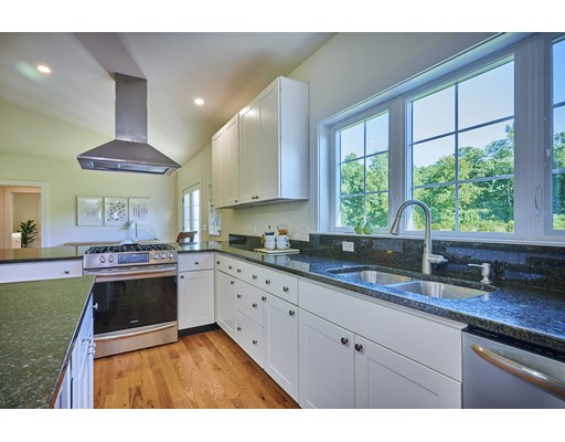 3 bed, 2 bath home in Amherst for $589,900