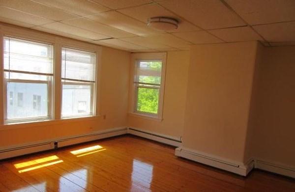 33 Howell Street Boston MA 02125