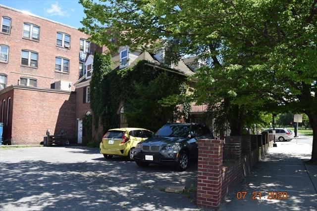 261 Common Street Lawrence MA 01840