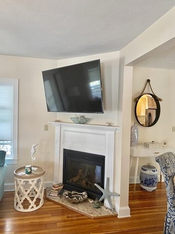 157 Manomet Avenue Hull MA 02045