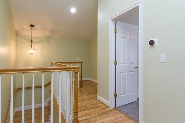 7 ONeil Way Amherst NH 03101