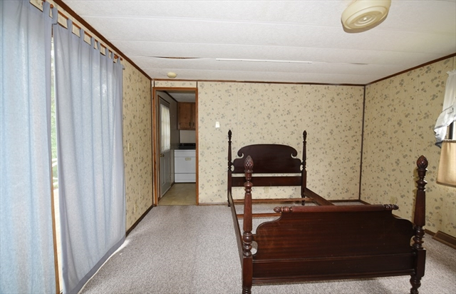 20 Oldfield Drive Kingston MA 02364