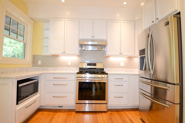 17 Lakeview Road Winchester MA 01890