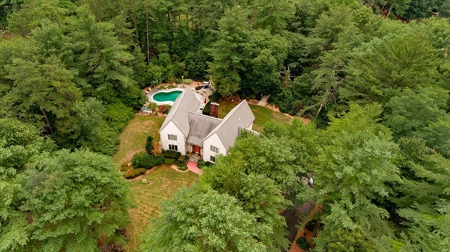 12 Carriage House Drive Lakeville MA 02347