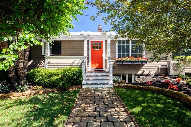 5 Browne Street Provincetown MA 02657