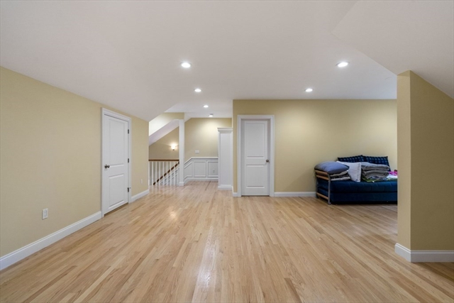 1149 Beacon Street Newton MA 02461
