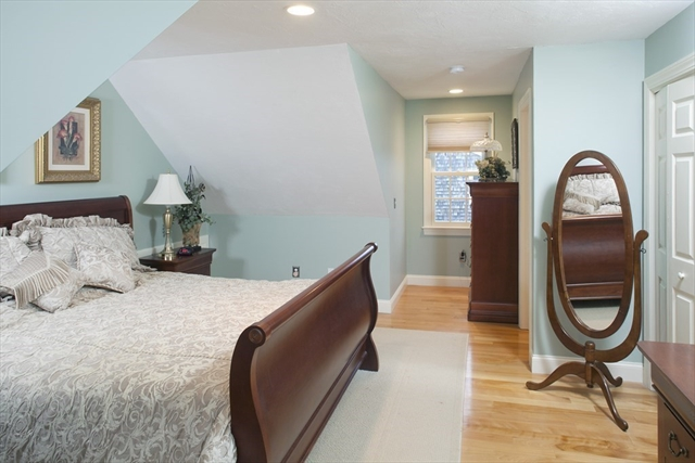 28 Middle Street Plymouth MA 02360