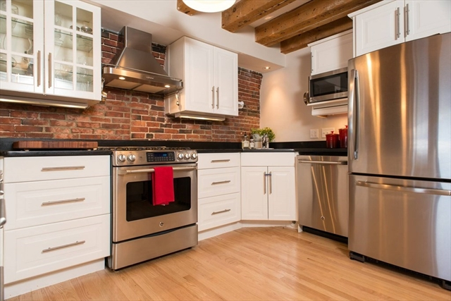 53 Fulton Street Boston MA 02109