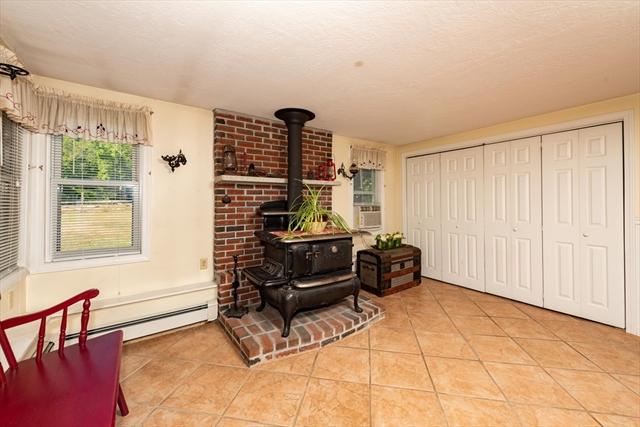 1251 Vernon Street Bridgewater MA 02324