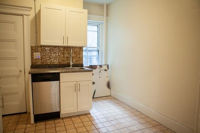 74 Phillips Street Boston MA 02114