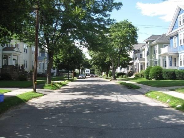 10 Pondview Road Arlington MA 02474