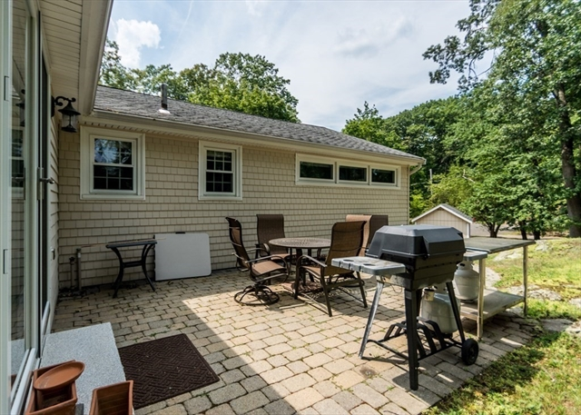 7 FOREST Circle Waltham MA 02452