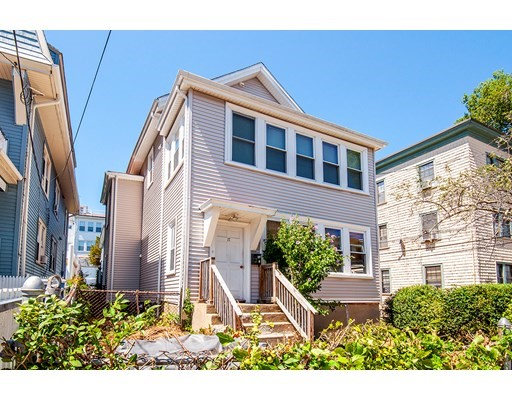 17 Kittredge St, Boston, MA 02131