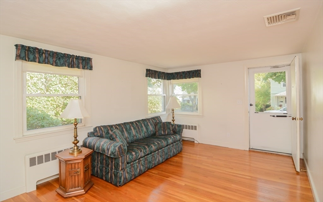 11 Colonial Avenue Newton MA 02460