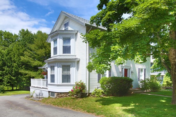 82 Wellesley Avenue Wellesley MA 02482