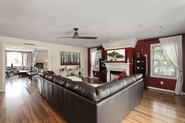 317 Regency Lane Abington MA 02351