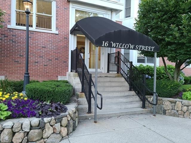 16 Willow Street Melrose MA 02176