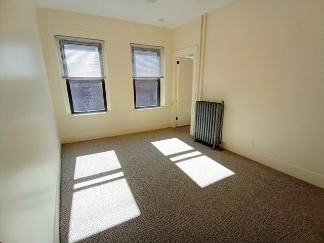 342 Hanover Street Boston MA 02113