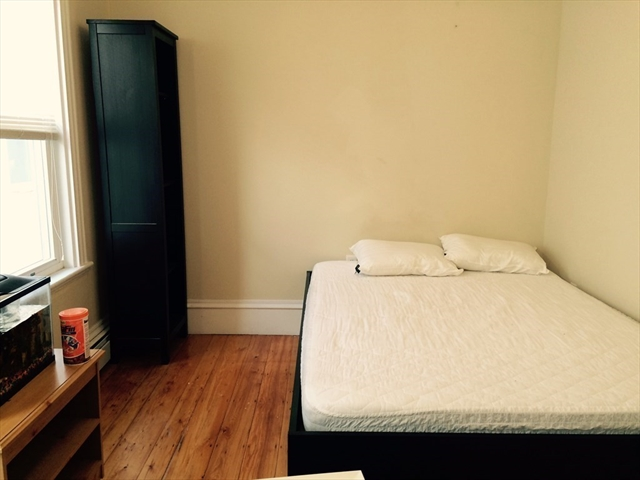 869 East 4th Street Boston MA 02127