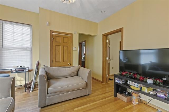 32 Willam Street Medford MA 02155