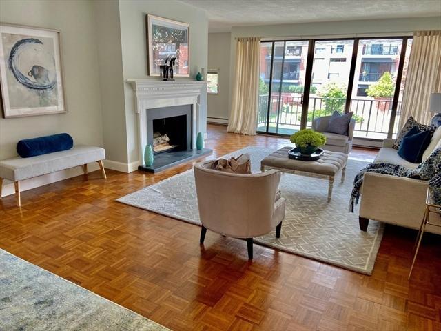 85 Grove Street Wellesley MA 02482