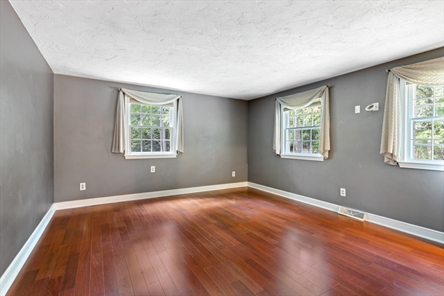 658 GROVE Street Framingham MA 01701