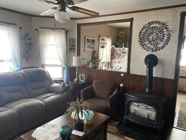 19 Mount Hope Avenue Fall River MA 02724