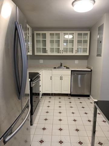 22 9th Street Medford MA 02155