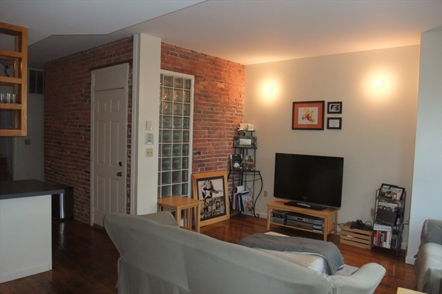 492 Commercial Street Boston MA 02109