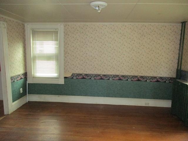 54 Kendall Street Barre MA 01005