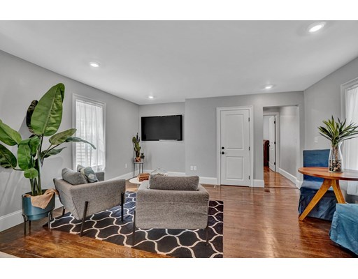 498 Hyde Park Ave, Boston, MA 02131
