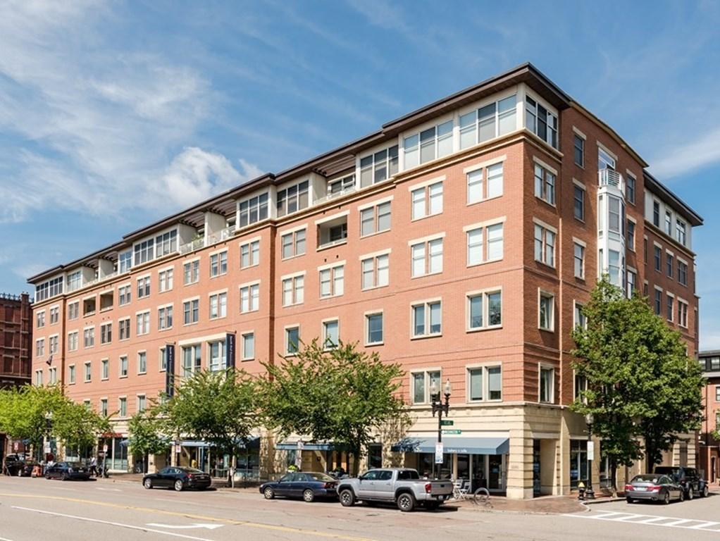 1597  Washington St