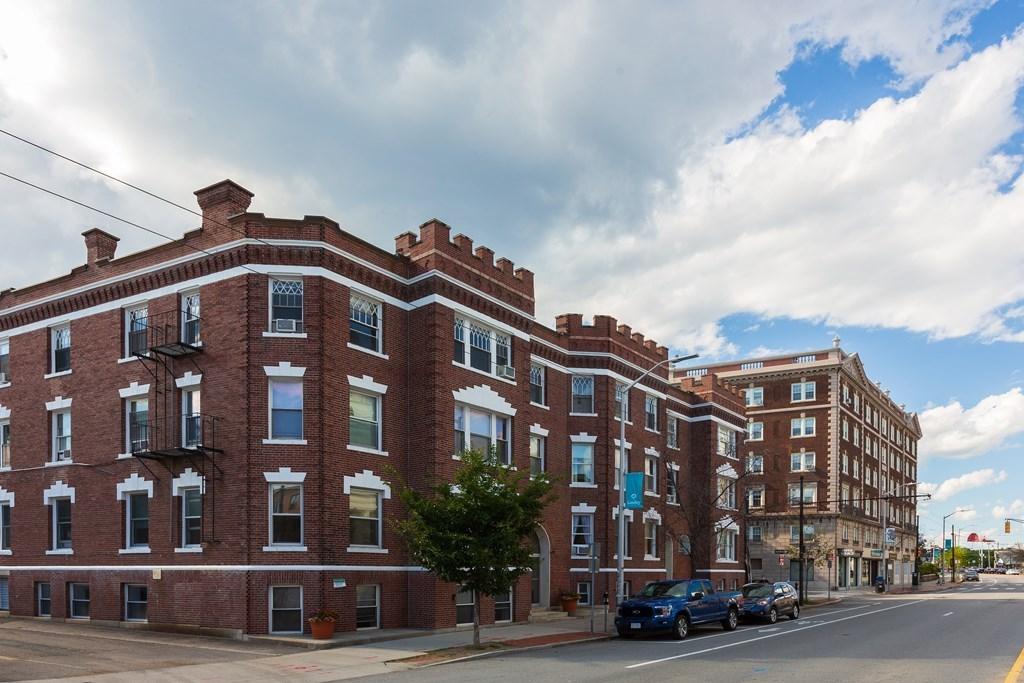 1800  Massachusetts Ave