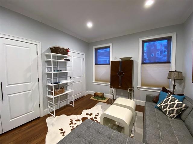 176 Chestnut Avenue Boston MA 02130