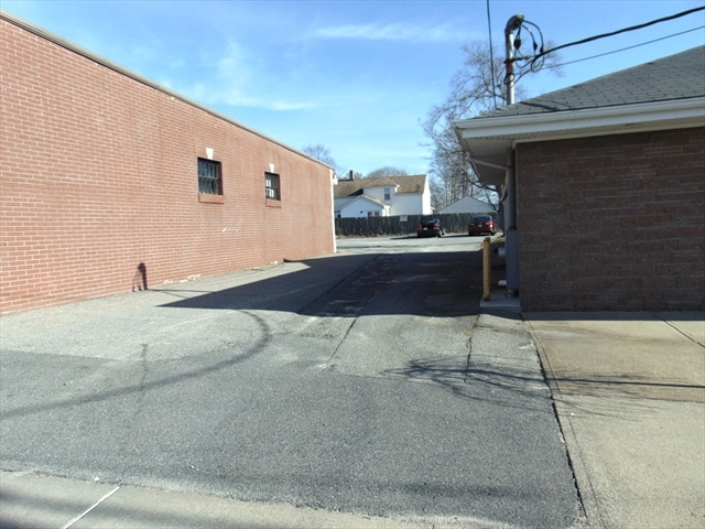 1168 County (route 138) Somerset MA 02726