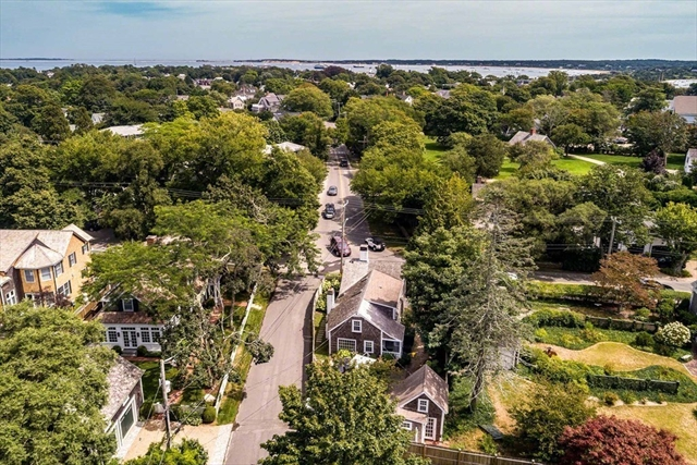 10 Peases Point Way N Edgartown MA 02539