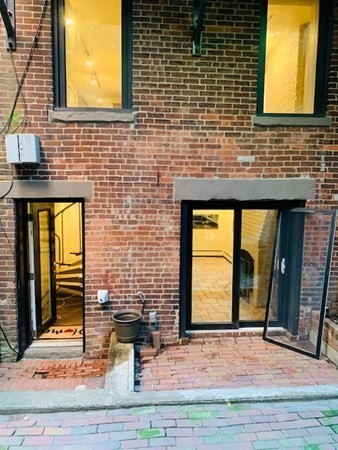 19 Dartmouth Street Boston MA 02118