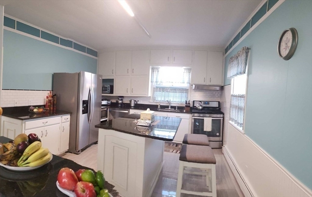 162 Rodman Street Fall River MA 02721