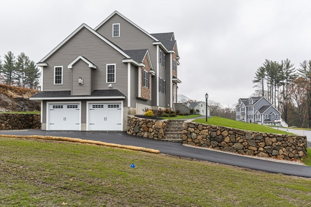 35 FIELDSTONE Lane Billerica MA 01821