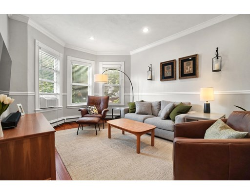 Property for sale at 9 Washburn Ter - Unit: 3, Brookline,  Massachusetts 02446
