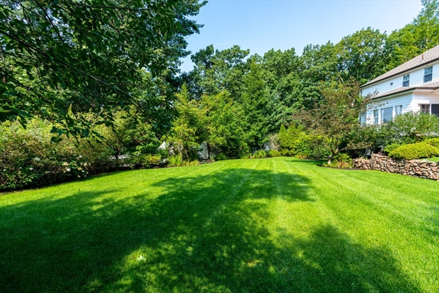 11 Scotch Pine Circle Wellesley MA 02481