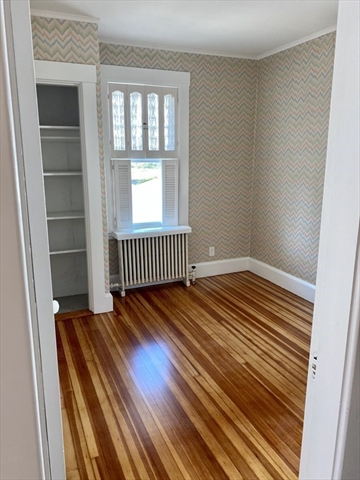 12 Buttonwood Street New Bedford MA 02740