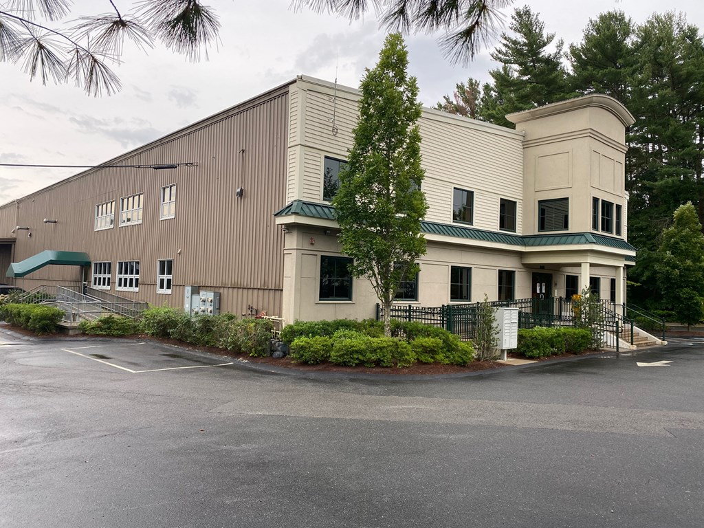 This space is available for immediate occupancy and includes gas & electric in it's monthly lease. Currently built out for dancing, exercise, fitness, martial arts or yoga related business. Containing 2 studios, handicap accessible bath with an office/reception area. This unit is located on ground level in a desirable area off route 195 exit 11.