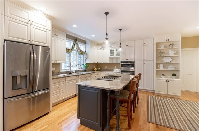 5 Ruggiero Way Andover MA 01810